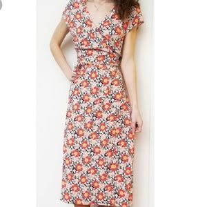 J CREW MERCHANTILE Seveties Floral Wrap Dress